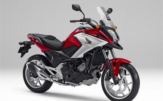 Honda NC750X - motorcycle rental in Barcelona, Spain