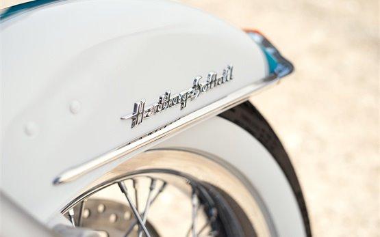 Harley-Davidson Heritage Softail Classic - motorbike rental Malaga