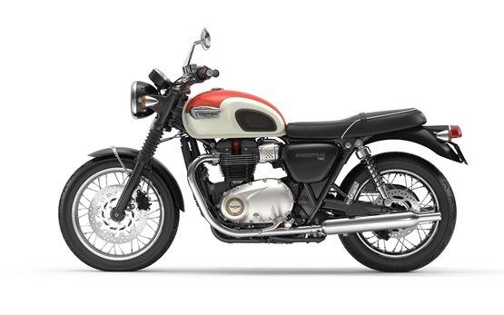 Triumph Bonneville T100 - motorbike rental in Lisbon