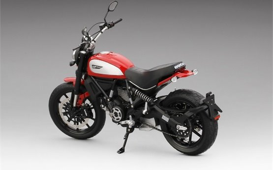 Ducati Scrambler Icon 803 - motorbike rental Rome