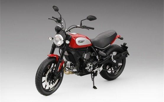 Ducati Scrambler Icon 803 - motorbike rental Milan