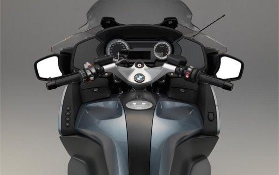 BMW R 1200 RT - motorbike rental in Milan