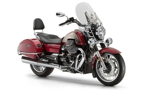 Moto Guzzi California 1400 Touring - rent a motorbike in Florence