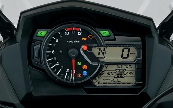 Suzuki V-strom 650cc XT- motorbike rental in Crete