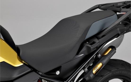 BMW F 750 GS - motorbike rental Bilbao