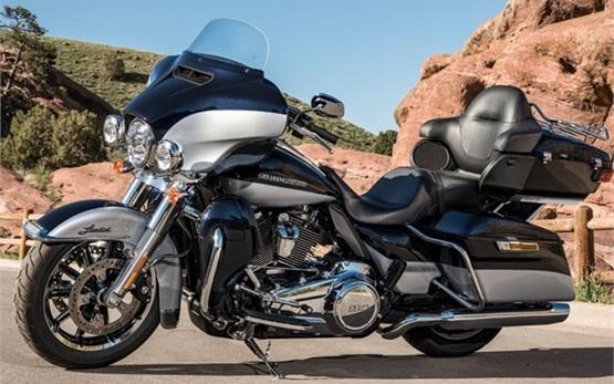 Harley-Davidson Electra Glide Ultra Limited - rent a motorbike in Geneva
