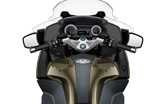 BMW R 1250 RT - motorbike rental in Madrid
