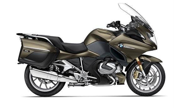 BMW R 1250 RT - motorbike rental in Milan