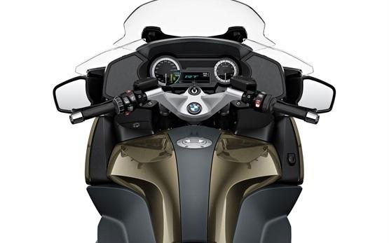 BMW R 1250 RT - motorbike rental in Rome