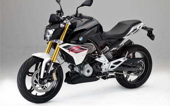 BMW G 310 R - motorbike rental Milan