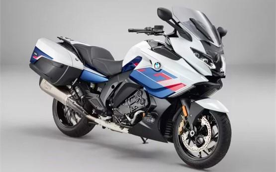 BMW K 1600 GT / GTL - motorbike rental in Madrid
