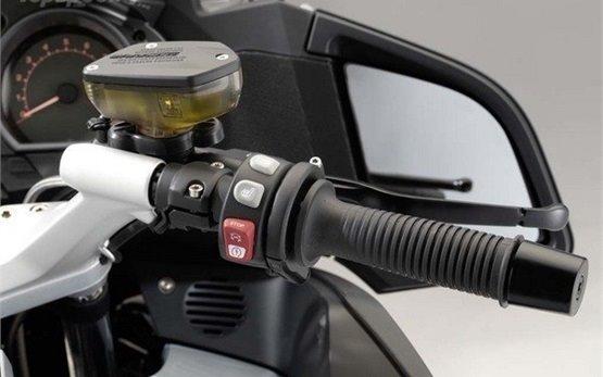 BMW R 1200 RT - rent a motorbike in Porto