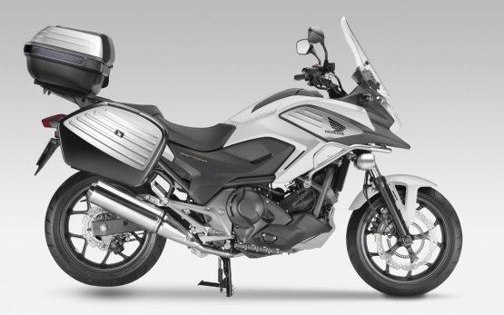 Honda NC750X - motorcycle rental in Athens Greece