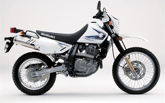 Suzuki DR 650 SE - Motorradvermietung in Barcelona