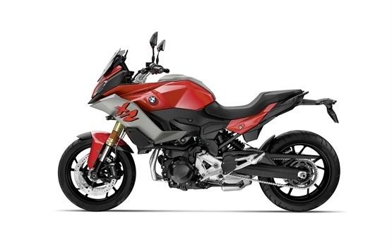BMW F 900 XR - Motorradverleih Spanien