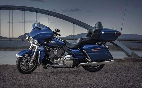 Harley-DavidsonElectra Glide Ultra Classic - rent a motorbike in Cyprus