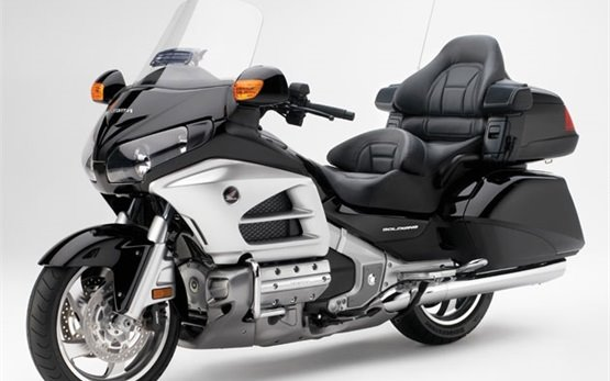 Honda Gold Wing - Mieten in Marseille