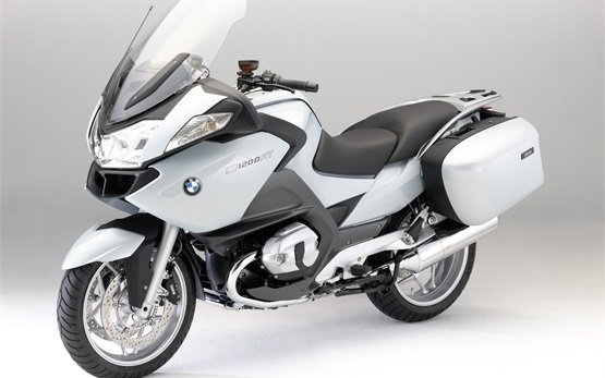 BMW R 1200 RT - motorbike rental in Marseille