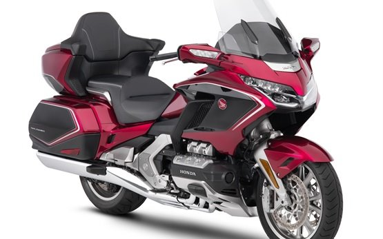 Honda Gold Wing - аренда мотоциклов - Женева Аэропорт