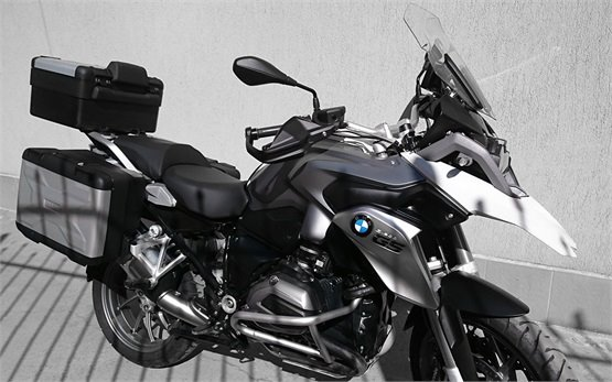 2015 BMW R 1200 GS - rent a motorbike in Burgas