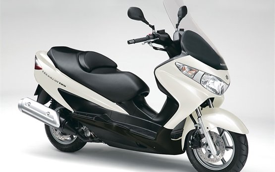 Suzuki Burgman 125cc - scooter rental in Mallorca