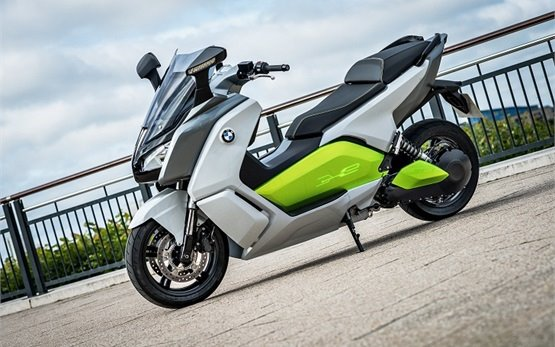 BMW C-evolution Electric Rollervermietung in Paris