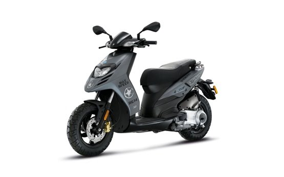 Piaggio Typhoon 125cc - scooter rental Santorini