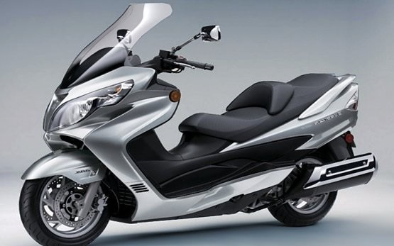 Suzuki Burgman 400 - Scooter-VerleihPalma de Mallorca