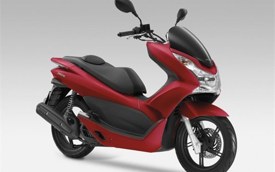 Honda PCX 125cc - scooter rental in Lisbon, Portugal