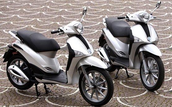 Piaggio Liberty 50 - scooter rental in Alghero